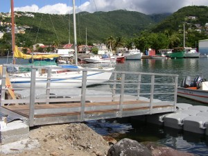 Port and marina floating docks
